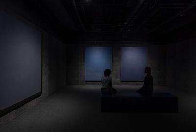 "Byron Kim, installation view, ""Urban Nights"" series, 2010-11.  Courtesy the artist and James Cohan.  Photo: Nash Baker"