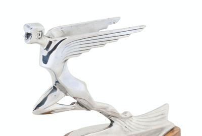"Auburn automobile hood ornament (American, circa 1931-1932), marked ""Auburn Automobile Co."", with the surface free of pitting (CA$1,680)."