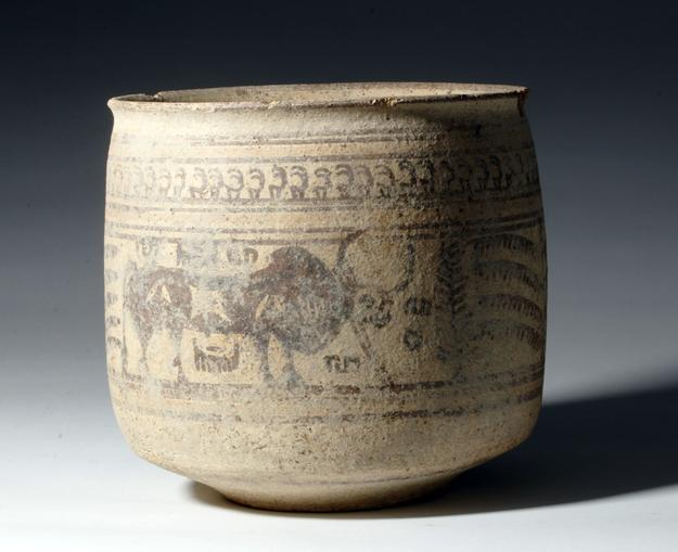 50D: Large / Important Indus Valley Jar - 5000 Years Old!