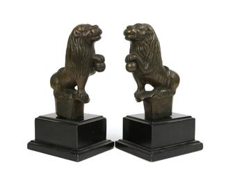 Pair of North German bronze lions from the late 15th century.