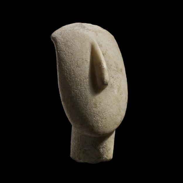 Outstanding Cycladic marble head dating from 2,500 BC with impeccable provenance, from the collection of the late philanthropist Annette Cravens ($188,800).
