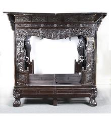 The sale's centerpiece lot is this spectacular Chinese carved canopy bed that singer Johnny Cash and his wife June Carter Cash shared in their home of 35 years in Hendersonville, Tennessee.