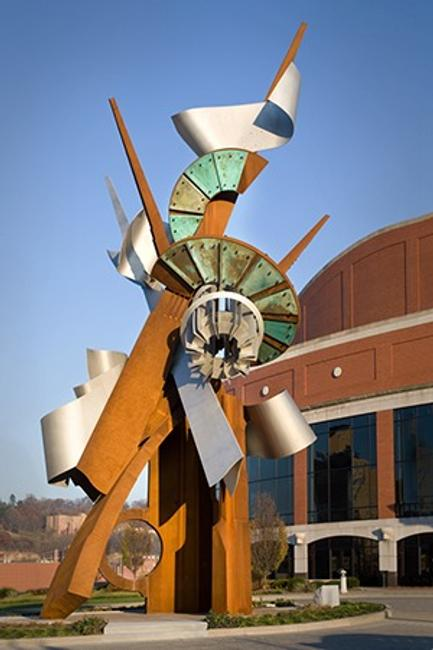 "Albert Paley.  Clay Center ""Hallelujah"".  2009.  Painted steel.  Courtesy of Paley Studios.  © Courtesy of Paley Studios Archive"