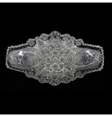 American Brilliant Cut Glass ice cream tray with fish tail design, 16 ½ inches by 9 ½ inches, featuring a fantastic cutting of hobstar, vesica, nailhead diamond and star and fan motif, plus beautiful blank.