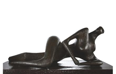 Henry Moore, Reclining Figure, 1956, bronze, Collection of the Palm Springs Art Museum, partial and promised gift of Gwendolyn Weiner.