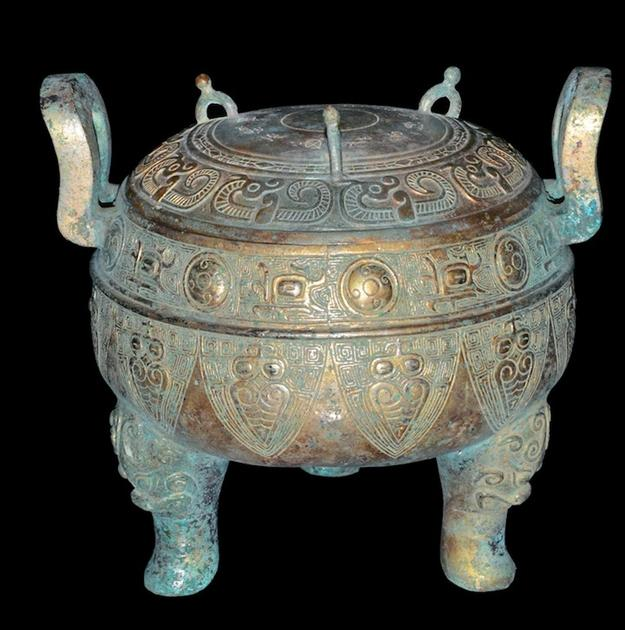 Warring States bronze Ding.  Gianguan Auctions, June 9th.