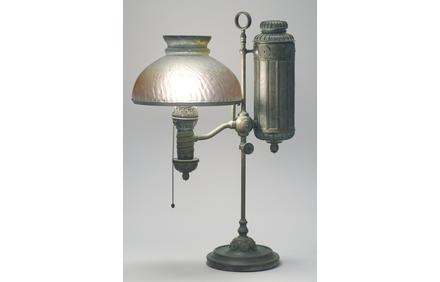 Tiffany Studio bronze table lamp base, sold for $6,250 in Eldred's Fine & Decorative Art Auction.