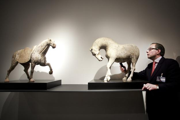 Vetting at TEFAF Maastricht in 2010