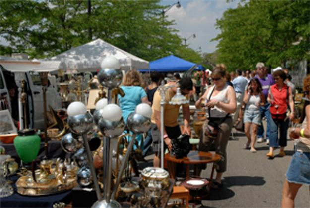 The Indoor and Outdoor Randolph Street Market Lists Its Events on the Calendar of Antiques