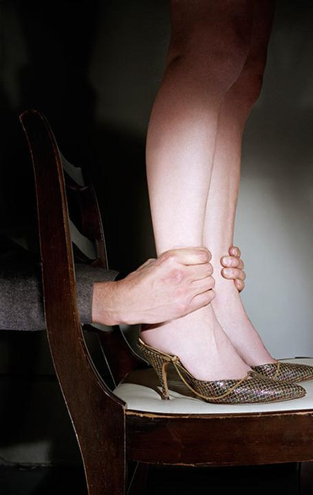 Jo Ann Callis, Hands on Ankles (from Early Color Portfolio), 1976, courtesy of artist and ROSEGALLERY