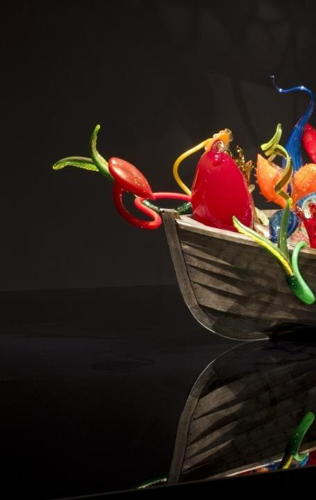 Ikebana Boat by Dale Chihuly