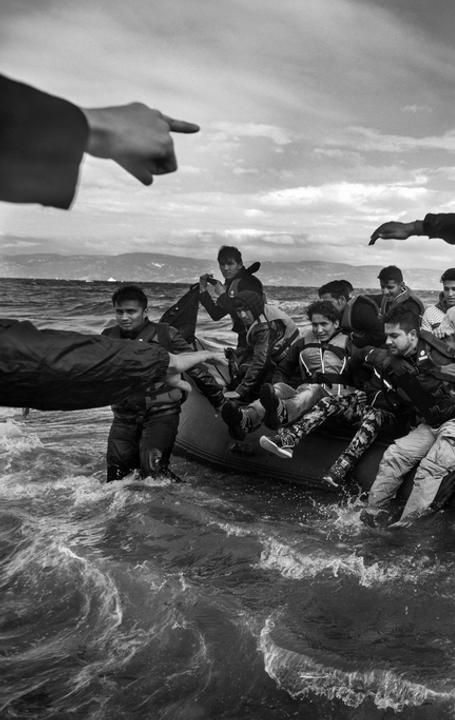 Ashley Gilbertson: Refugees, primarily from Syria, Iraq and Afghanistan, disembark on the island of Lesvos, Greece, 2015
