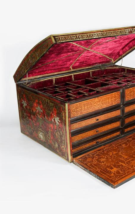 A rare European Turtleshell, Brass, and Pewter Inlay Domed Fitted Box, after a design by Jean Berain the Elder, circa 1680-1700