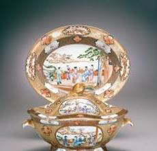 Scenes of Chinese figures in outdoor settings decorate this tureen and stand.  Gift of Leo A.  and Doris C.  Hodroff 2003.47.18a-c
