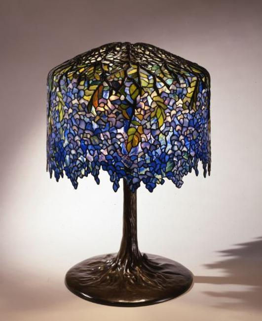 Wisteria Library Lamp, circa 1901, Tiffany Studios (1902–1932), Clara Driscoll (1861-1944), designer, United States (New York), leaded glass and bronze, The Neustadt Collection of Tiffany Glass, Queens, NY, N.86.IU.7a,b