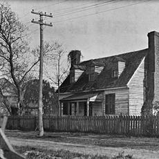Front elevation of the Dudley Digges House in its original location on Prince George Street, Williamsburg, Virginia.  Photo by Earl Gregg Swem, 1921.