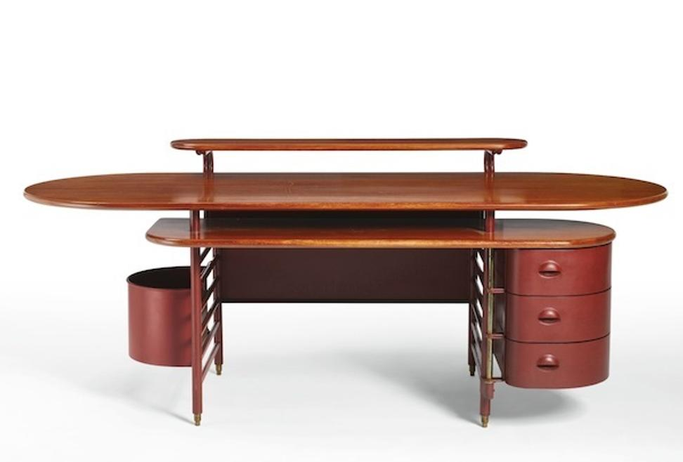 Frank Lloyd Wright Designed Desk Lot 147 Estimated At 400 000 To 600